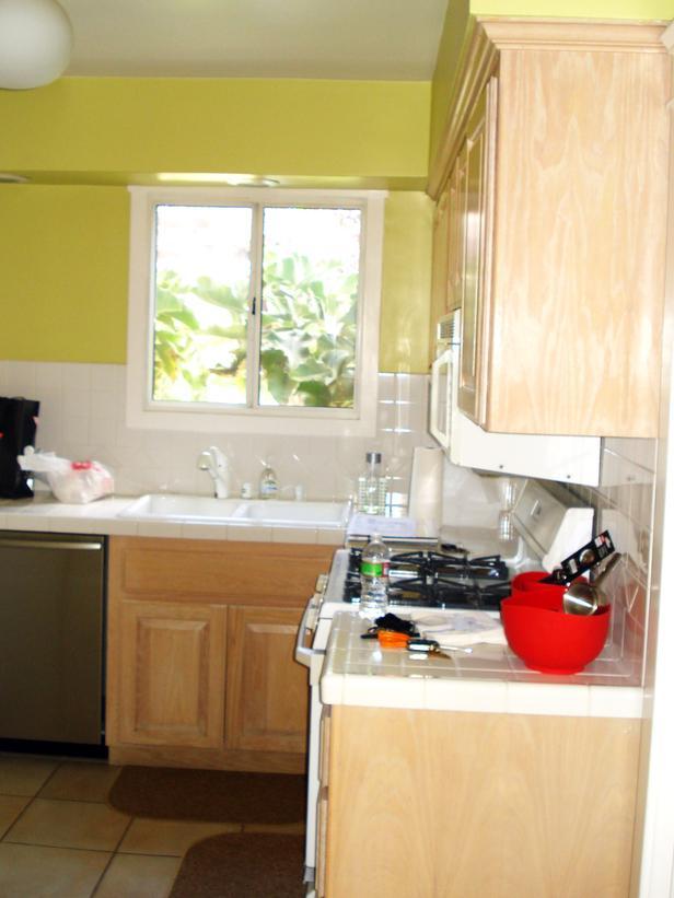 RS_Christopher-Grubb-White-Farmhouse-Kitchen-Before_s3x4_lg